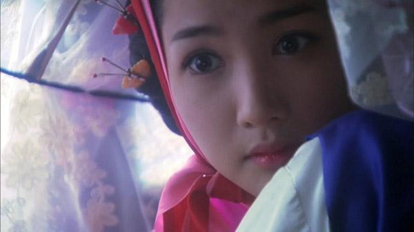 Vẻ ngoài vừa ngây thơ vừa sắc sảo của Park Min Young đã khiến cô trở thành nữ diễn có tạo hình kỹ nữ xuất sắc nhất màn ảnh Hàn, dù cô chỉ thể hiện qua vài cảnh phim.