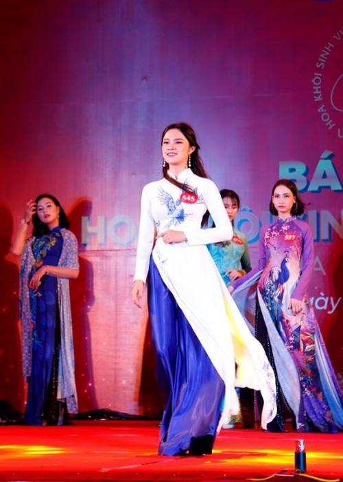 Vẻ đẹp top 15 Hoa khôi Sinh viên Việt Nam 2018 khu vực miền Trung - 11