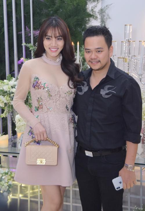 Vợ chồng diễn viên Trang Nhung.