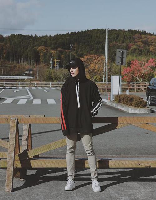 Will thả thính fan bằng bức ảnh diễn sâu giữa Hàn Quốc mùa đông.