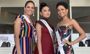H'Hen Niê cao tay chọn váy tôn dáng 'ăn đứt' các thí sinh Miss Universe