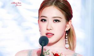 Jennie bị chê mặc xấu cạnh Rosé, Ji Soo đẹp xuất thần