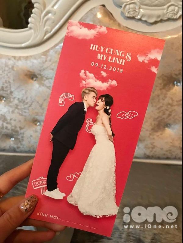 Thiệp cưới của Huy Cung và bà xã hot girl.