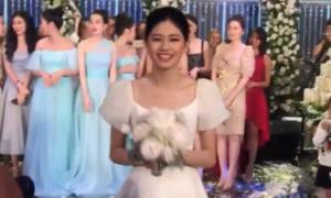Màn ném hoa cưới vui nhộn của Thanh Tú