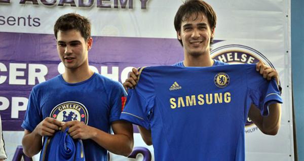 Hai anh em nhà Younghusban là cầu thủ nhập tịch trong đội tuyển quốc gia, họ có cha là người Anh và mẹ mang quốc tịch Philippines. Sinh ra ở hạt Surrey phía đông nam nước Anh. Nhờ định hướng rất sớm từ người cha, cả hai đều tập luyện  bóng đá từ rất sớm. 9 tuổi, Phil được đưa về lò đào tạo bóng đá trẻ của Chelsea và được trưởng thành với đội một của Chelsea. Mãi đến năm 20 tuổi Phil và James mới quyết định về Philippines sau một thời gian ngắn khoác áo Azkals.