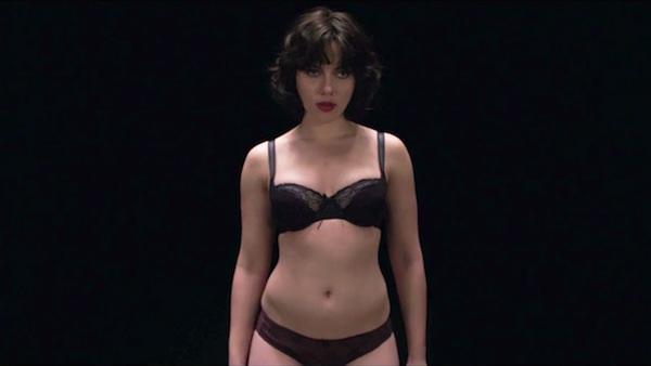 Phản ứng của các sao nữ khi lần đầu khỏa thân trên màn ảnh