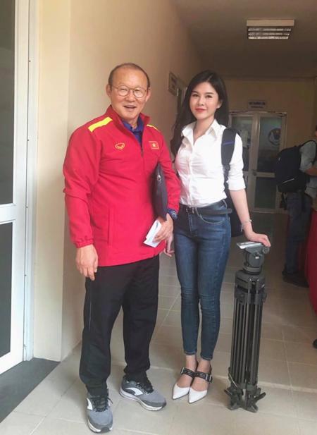 Á hậu Huyền My, MC Thu Hoài, HotFace Trần Hồng Xuân đặt trọn niềm tin Việt Nam vào chung kết - 1