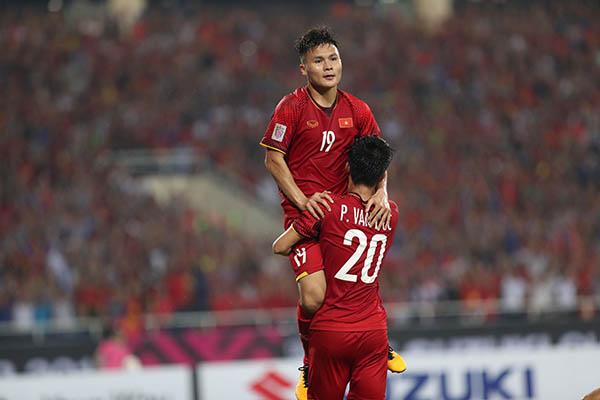 Quang Hải được Fox Sports chấm điểm cao cho màn trình diễn.