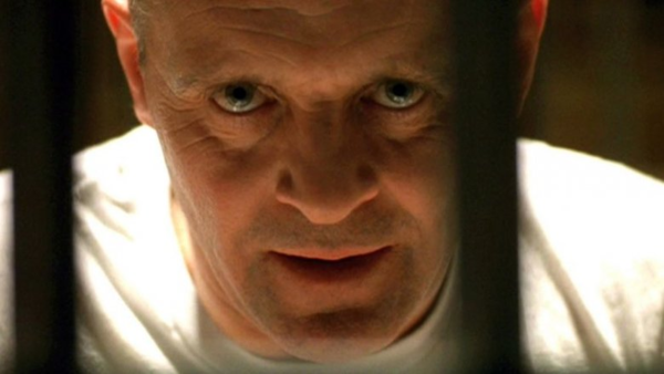 Một cảnh trong The Silence of the Lambs.