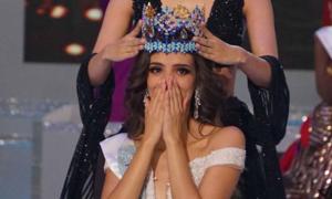Khoảnh khắc đăng quang của Tân Hoa hậu Thế giới 2018