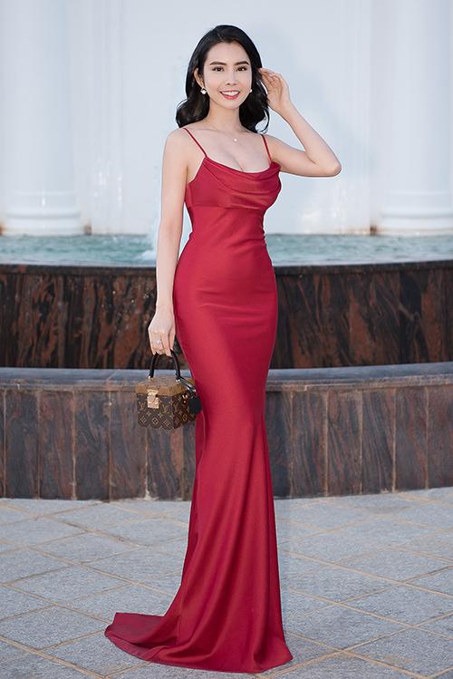 Hoa hậu Phan Thị Mơ xuống sắc vì sụt ký không phanh - 6