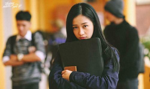 Jun Vũ từng đóng chính trong các phim Cho em gần anh thêm chút nữa và Vẽ đường cho yêu chạy. Cô cũng từng được nhận giải thưởng điện ảnh với 2 vai diễn này. Thế nhưng khi xuất hiện trong Tháng năm rực rỡ của đạo diễn Nguyễn Quang Dũng vào tháng 4 năm nay, Jun Vũ mới được chú ý nhiều hơn nữa.