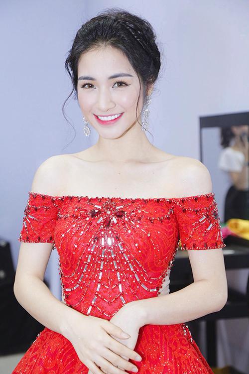 Hòa Minzy - từ cô nàng mờ nhạt đến nữ ca sĩ triệu view ấn tượng - 4