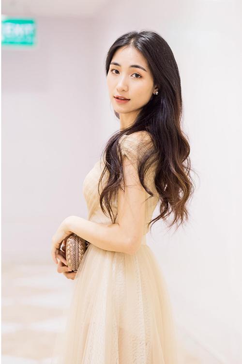 Hòa Minzy - từ cô nàng mờ nhạt đến nữ ca sĩ triệu view ấn tượng - 5