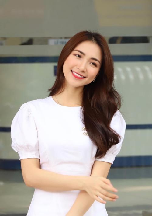 Hòa Minzy - từ cô nàng mờ nhạt đến nữ ca sĩ triệu view ấn tượng - 10