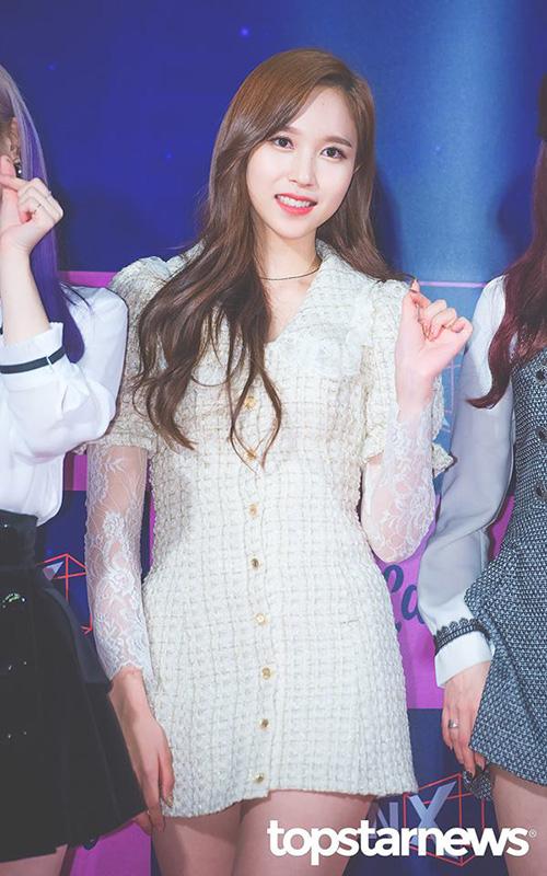 Khi tham gia sự kiện, Mina luôn có khí chất thanh lịch, nhẹ nhàng.