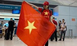 Lệ Hằng háo hức sang Malaysia cổ vũ tuyển Việt Nam