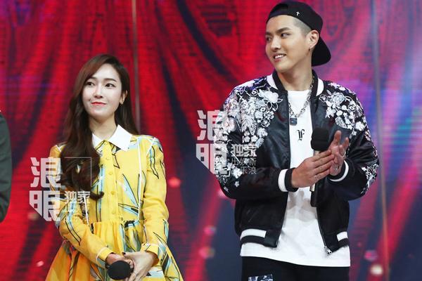 Những tin đồn hẹn hò của sao Kpop khiến fan cười vỡ bụng - 7