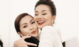 Thanh Hằng - Hà Tăng 'chị chị em em' ở hậu trường