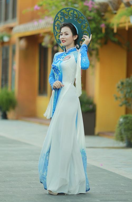 Thí sinh Hoa khôi Sinh viên Việt Nam khoe sắc với Áo dài - 1