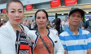 Bố mẹ H'Hen Niê sang Thái cổ vũ con thi Miss Universe