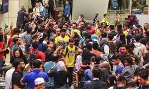 Tuyển Malaysia được chào đón như 'người hùng' khi trở về
