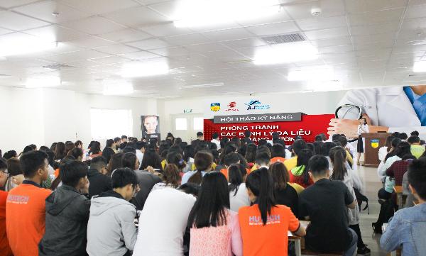 Bác sĩ CKI Đặng Thanh Hương chia sẻ các kỹ năng phòng tránh bệnh lý da liễu thường gặp.