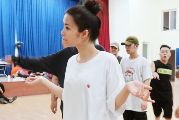 Đông Nhi sẽ biểu diễn 36 ca khúc trong liveshow 10 năm ca hát - 5