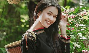 Bị loại ở The Face, bạn thân người Ê đê của H'Hen Niê chuyển sang thi hoa hậu