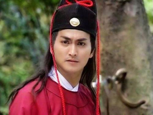 Nhân vật Triển Chiêu điển trai, võ công cao cường và đầy khí phách trong dự ánBao Thanh Thiênbản Đài Loan năm 1993giúp Hà Gia Kính nổi tiếng khắp châu Á
