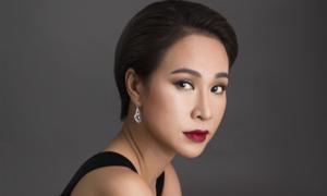 Uyên Linh: 'Tôi mua được hai căn nhà từ cát-xê đi hát'