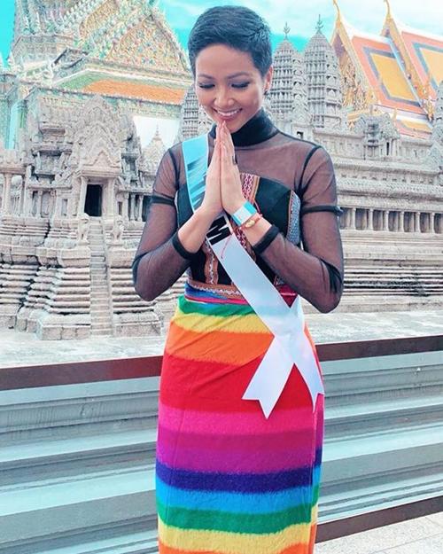 Diện toàn đồ cũ sau Miss Universe, HHen Niê chứng minh là hoa hậu giản dị - 6