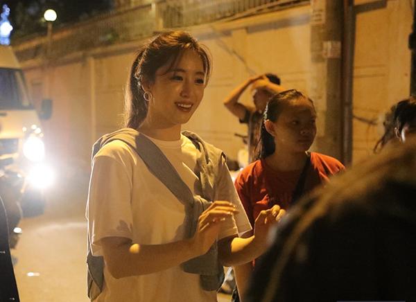 Đây là hoạt động Happy Eunjung Day trao quà tặng và những suất thức ăn đến cho các cụ già neo đơn và người vô gia cư mà V-Queens (fandom của T-ara tại Việt Nam) tổ chức để chúc mừng sinh nhật Eun Jung. Khi hay tin các fan chuẩn bị dự án này, Eun Jung đã muốn tham gia nên quyết định trở lại Việt Nam.