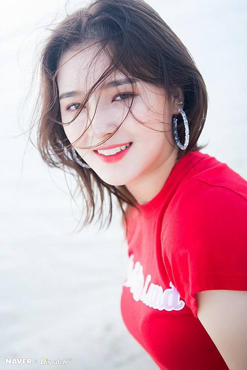 Momoland đã có một năm cực kỳ thành công và Nancy là một trong những thành viên nổi tiếng nhất. Mỹ nhân lai liên tục lọt top thương hiệu trong tháng, có thứ hạng cao trong bảng xếp hạng nhan sắc ở Hàn. Nancy là một trong những nghệ sĩ 10X tiềm năng nhất Kpop.