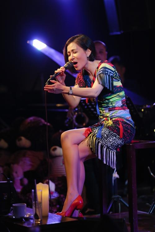 Thu Minh và trò cưng nhảy vũ điệu cày bừa vui nhộn mừng Giáng sinh - 5