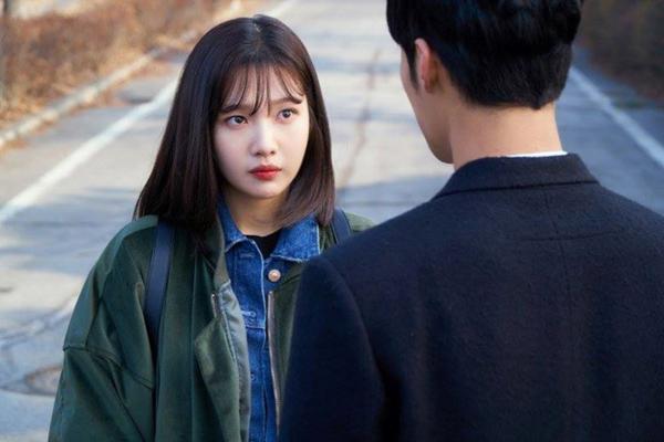 3 thần tượng Kpop lấn sân khiến khán giả cầu xin đừng đóng phim nữa - 1