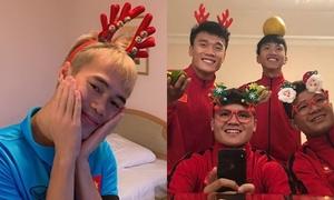 Cầu thủ tuyển Việt Nam đón Giáng sinh kute lạc lối