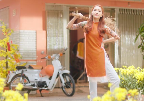 Sau bao giờ lấy chồng, Bích Phương hứa hẹn khuấy đảo mùa Tết 2019