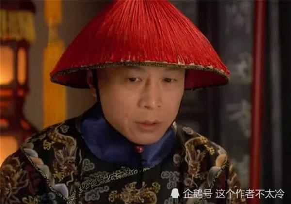 Thái giám Tô Bồi Thịnh, nhân vật âm hiểm trong bộ cung đấu nổi tiếng Chân Hoàn Truyện. Vai diễn thái giám này do diễn viên Lý Thiên Trụ ngôi sao một thời của điện ảnh Đài Loan thủ vai. Với kỹ năng diễn xuất điêu luyện của mình, Lý Thiên Trụ đã lột tả được hết một Tô công công khôn khéo, cơ trí nhưng lòng dạ độc ác.Nhắc đến Lý Thiên Trụ, khán giả tiếc cho cuộc đời diễn xuất trắc trở của ông, từng có một thời gian dài ông phải bỏ nghề diễn xuất. Khi có cơ hội trở lại, dù rằng thời hoàng kim của ông đã qua đi, giờ đây ông chỉ được mời tham gia những vai phụ trong phim, điển hình như Thái giám Tô Bồi Thịnh, nhưng ông vẫn diễn xuất bằng cả trái tim chính điều này đã khiến mọi người phải nhìn ông bằng ánh mắt khác khi tỏa sáng trở lại và trở thành vai diễn góp phần tạo nên sự thành công của bộ phim.