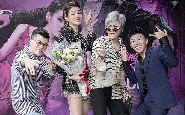 Đến chúc mừng Phương Trinh Jolie có Lê Thiện Hiếu, Vicky Nhung...