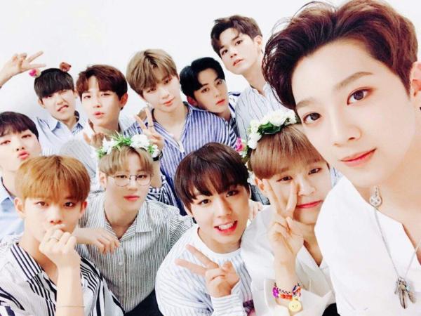 Wanna One, mạnh mẽ lên 11 chàng trai của tớ