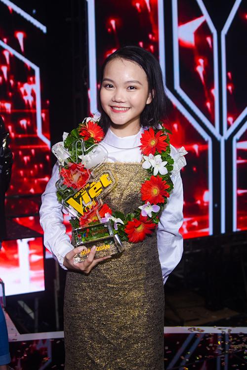 Hà Quỳnh Như đăng quang Giọng hát Việt Nhí 2018.