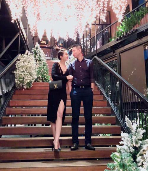 Diễm Trang và ông xã kỷ niệm 3 năm hôn nhân hạnh phúc.