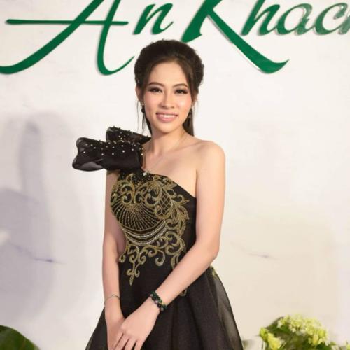 Thùy Trang - chị gái Hoa hậu Đại dương ĐặngThu Thảo.