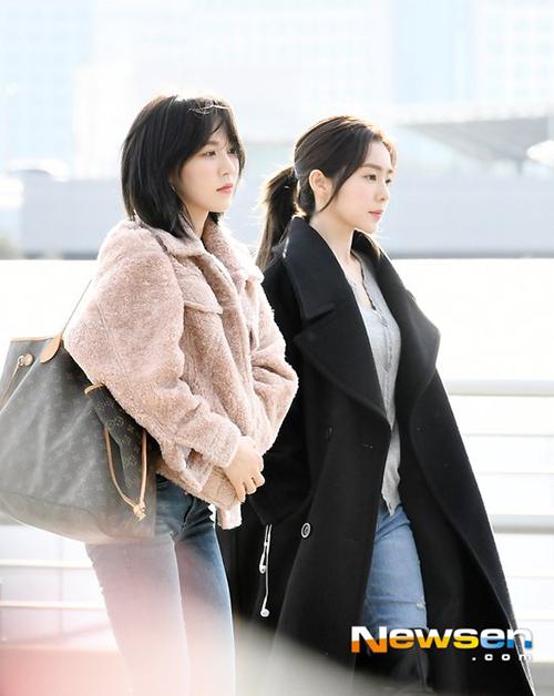 Khi Wendy đi cạnh Irene, nhiều ý kiến cho rằng cô nàng đẹp và khí chất hơn.
