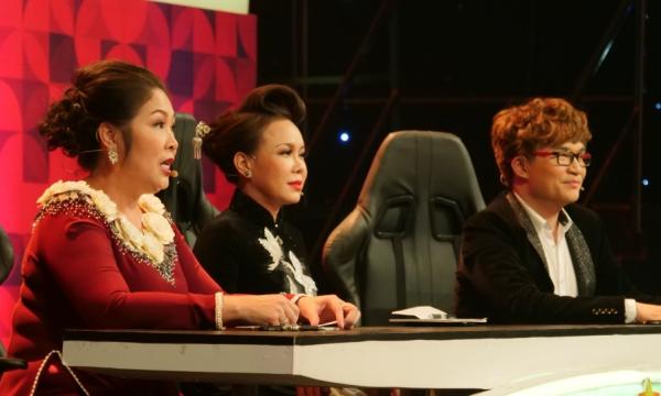 Các giám khảo dành lời khen cho Dương Cường.