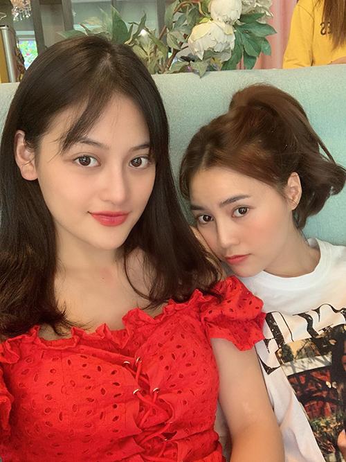 Ninh Dương Lan Ngọc - Thùy Anh gặp gỡ nhau tám chuyện cuối tuần.