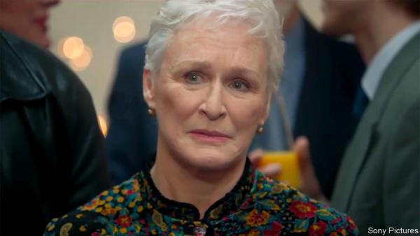 Nữ diễn viên 71 tuổi giành giải Nữ chính xuất sắc nhất.