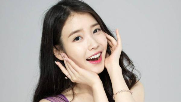 Nữ ca sĩ đang gây tranh cãi lớn trên nhiều diễn đàn Kpop.