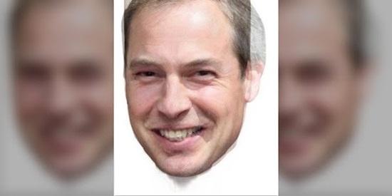 Khuôn mặt nào không xuất hiện trong ảnh? - 16